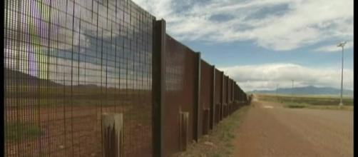 Zinke: Border wall 'complex,' faces geographic challenges | KTVH.com - ktvh.com