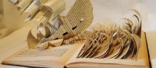 El libro es el mar de la poesía