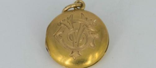 Locket from ocean floor belonged to woman who survived Titanic ... - buzzbuffer.com