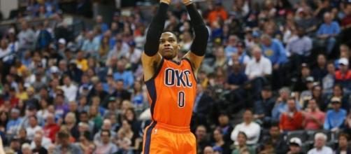 NBA: le «roi» Russell Westbrook entre dans la légende avec fracas ... - rfi.fr