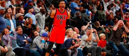 Westbrook, además de lograr su triple doble número 42, anotó un triple de último segundo, Denver quedó eliminado