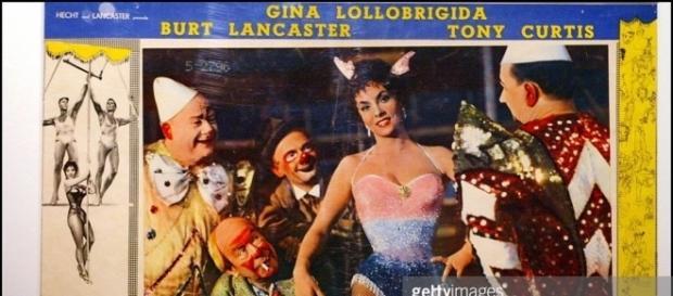 Gina Lollobrigida stars in 1950s film Trapeze
