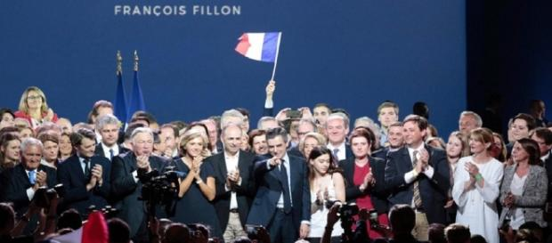 Grand meeting de François Fillon Porte de Versailles ce lundi