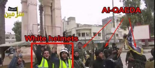 Cascos Blancos con miembros de Al-Nusra en Siria