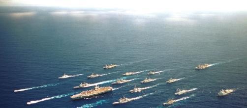 Immagine di una flotta di portaerei
