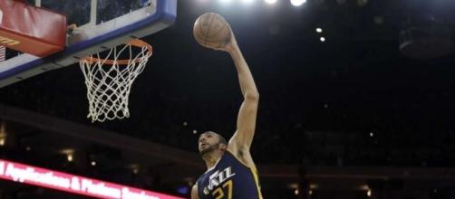 Jazz end Warriors' 14-game win streak with 105-99 victory - The ... - theintelligencer.com