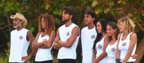 Massimo Ceccherini si è ritirato dall'Isola dei famosi 2017, il ... - fanpage.it