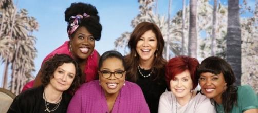 Oprah to Visit 'The Talk' for First Time - Photo: Blasting News Library - longroom.com