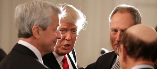 Trump CEO Brain Trust Huddles as Corporate America Splits (3) - SFGate - sfgate.com