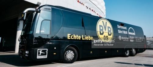 URGENT - Explosion près du bus de Dortmund, un joueur blessé
