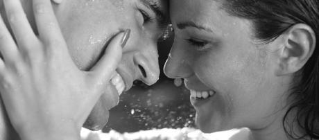 A fidelidade mantém um casal feliz