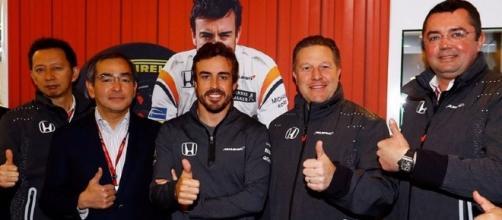 Alonso va a correre la 500 Miglia di Indianapolis