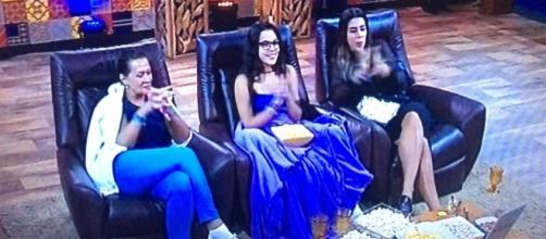 Finalistas assistem série da Globo: Vá de Retro