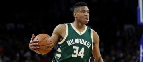 Giannis Antetokounmpo is leading the way for the most improved player award– WeTeachSports - weteachsports.com