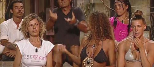 "Isola dei famosi"": Simone, Moreno e Giulia in nomination - Tgcom24 - mediaset.it"