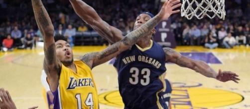 Metta scores 18 in possible farewell, Lakers top Pels 108-96 ... - seattlepi.com