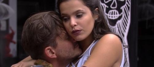 """O casal que mais """"causou"""" no Big Brother Brasil 17: Marcos e Emilly"""