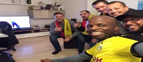 Scatta la solidarietà tra Dortmund e Monaco: i tifosi propongono #bedforawayfans