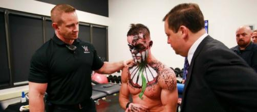 WWE star Finn Balor has suffered another injury shortly after his return from one. [Image via Blasting News image library/inquisitr.com]