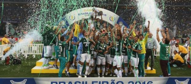 Palmeirenses comemoram título do Nacional
