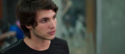 Bruno Guedes como Lucas em Malhação