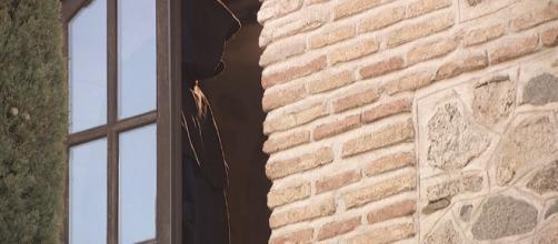 Chi è l'incappucciato di Puente Viejo?