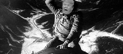 """Donald Trump lanza la """"Madre de todas las bombas"""" en Afghanistan. ¿Será él el padre de la Tercera Guerra Mundial?"""