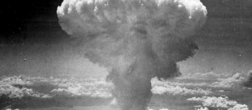 Riscritta la storia della bomba di Hiroshima: colpa dei nazisti - velvetmag.it