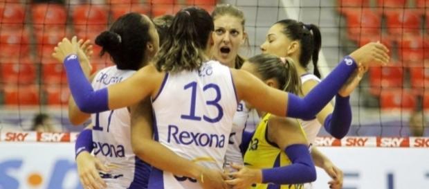 Rexona/Sesc vence Vôlei Nestlé e conquista a Superliga 2016/17