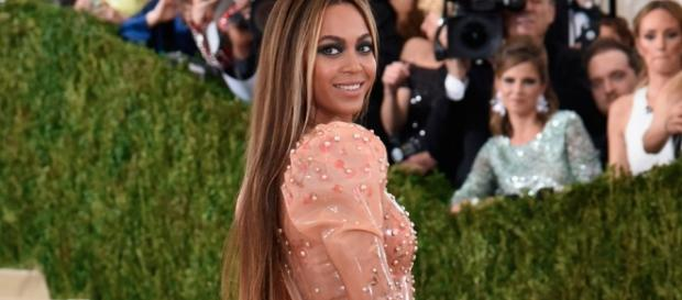 Everything You Need To Know About The Met Gala 2017 : Harper's BAZAAR - com.au