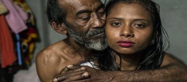 Imagem de como é a vida em um bordel em país pobre