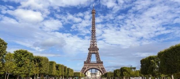 Le nouveau Président élu sera-t-il vertical comme la Tour Eiffel ?