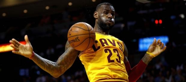 NBA Playoffs: First-Round Preview and Predictions in the East - cheatsheet.com
