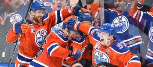 Los Oilers habían pasado más de 7 años sin poder ganar un juego de playoffs. NHL.com.