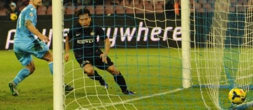 Mertens, l'Inter ci prova: decisivo Zanetti