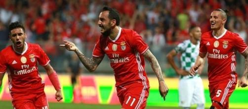 O SL Benfica procura segurar a liderança da Liga NOS frente ao Marítimo