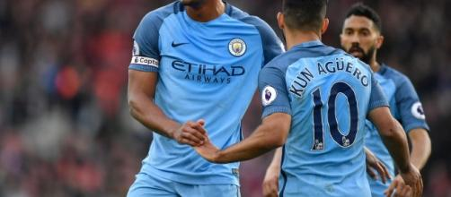 Kompany y Agüero se hicieron presentes en la goleada del Manchester City