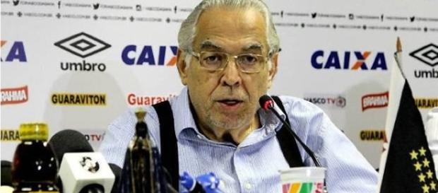 Eurico Miranda não gostou nada das críticas feito pelo apresentador