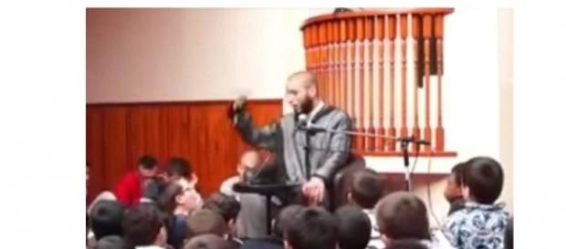 Imam Rachid Abou Houdey Quelle: Youtube
