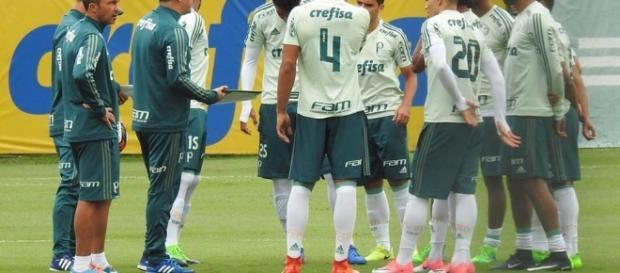 Jean e Roger Guedes podem voltar ao time titular