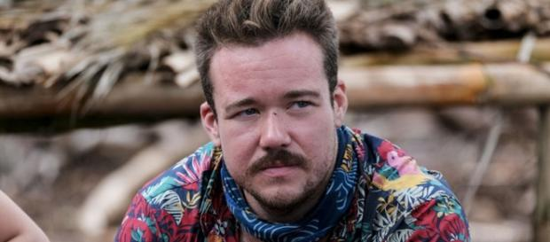 Survivor' Contestant Zeke Smith Outed as Transgender by Fellow ... - tulsaworldtv.com