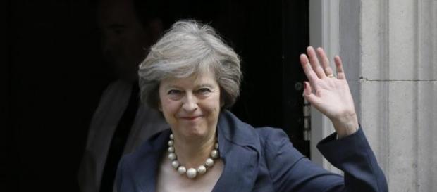Theresa May vuole un Regno Unito forte all'interno e all'esterno