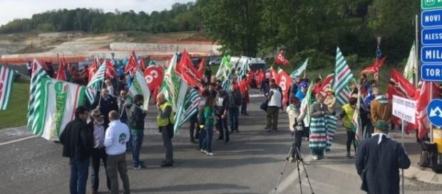 Outlet di Serravalle aperto a Pasqua, confermato lo sciopero