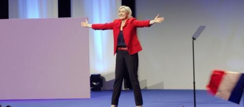 Alle radici del successo di Marine Le Pen: distacco dall'Europa ... - businessinsider.com