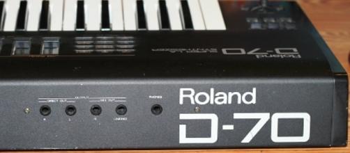 El software estará disponible para usuarios de Roland Cloud y ofrece los mismos sonidos que el legendario sintetizador.