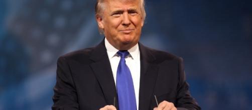 Il presidente fa gli auguri di buona Pasqua per il discorso settimanale al popolo americano