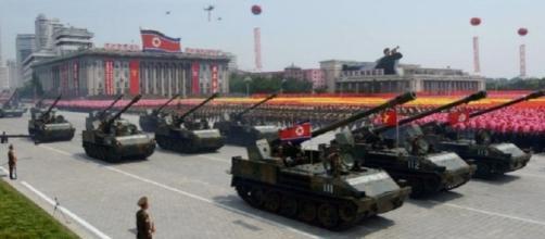 Pyongyang, un momento dell'imponente parata per l'anniversario della nascita del 'padre della patria', Kim Il-sung