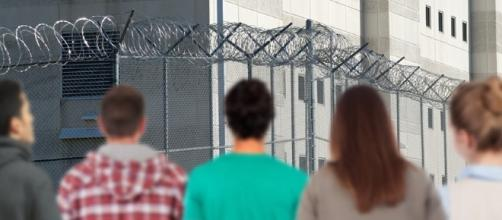 Young people are warned of the difficulty of prison life./Photo via Federal Bureau of Prison