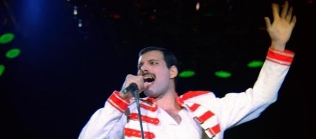 Il film sulla vita di Freddie Mercury