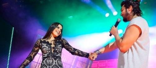 Emilly e Luan Santana dançaram um pouco